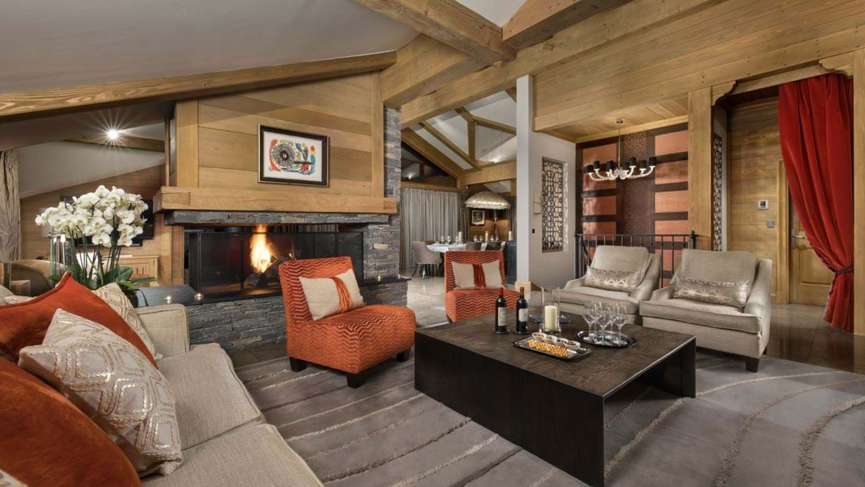 Luxury-ski-chalet-courchevel-chalet-le-blanchot-oxford-ski-living2.jpg