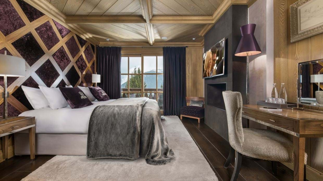 Luxury-ski-chalet-courchevel-chalet-le-blanchot-oxford-ski-bedroom4.jpg