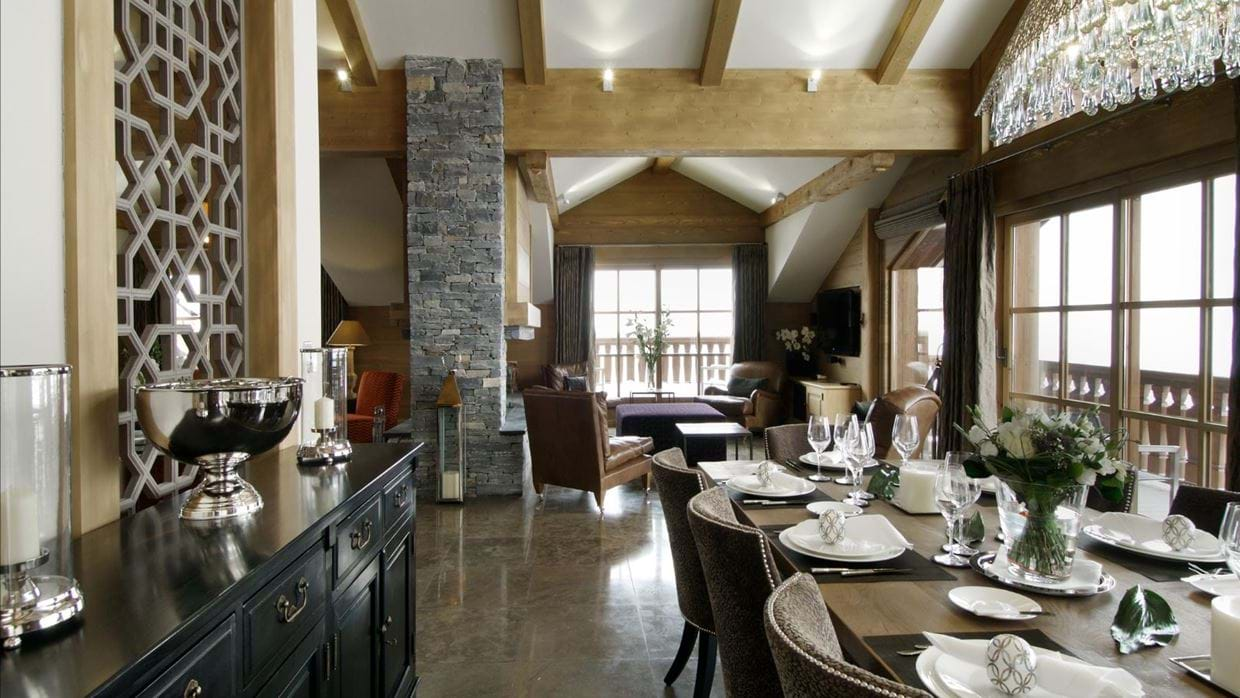 Luxury-ski-chalet-courchevel-chalet-le-blanchot-oxford-ski-dining.jpg