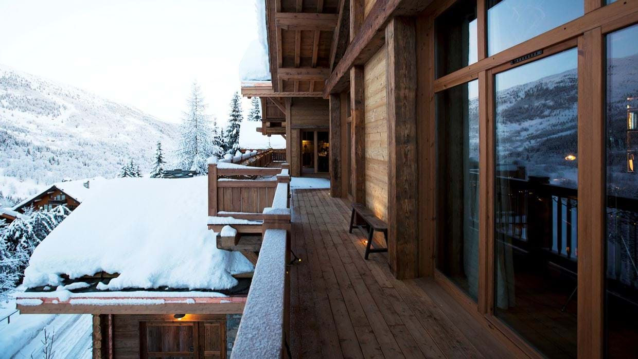 Luxury-Ski-Chalet-Meribel-SHL-Oxford-Ski-Balcony3.jpg