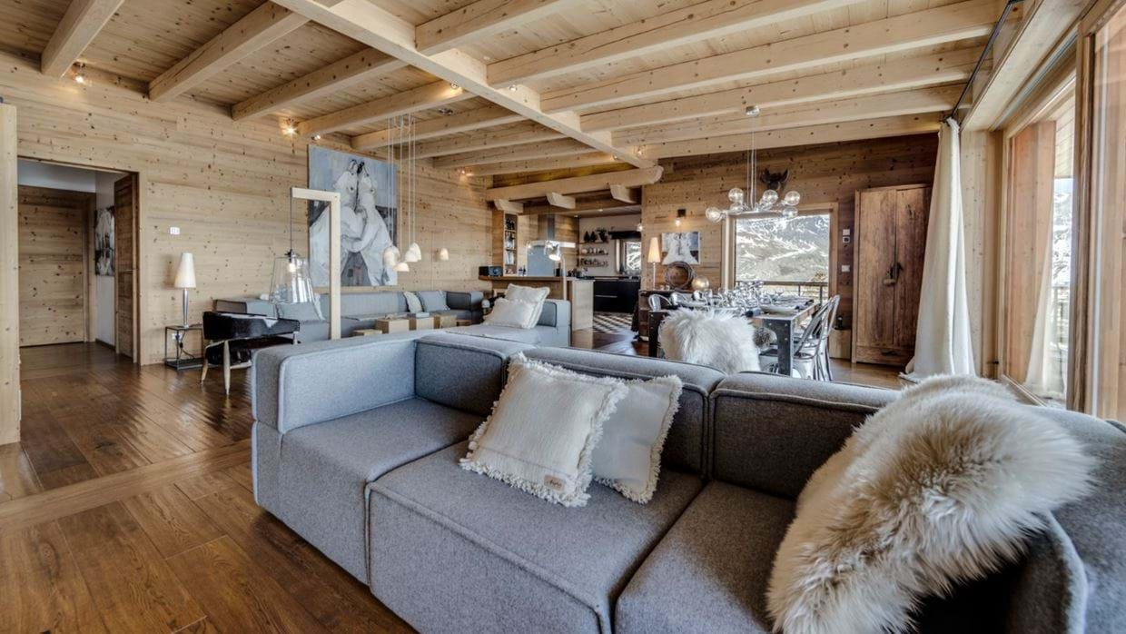 luxury-ski-chalet-tignes-refugev-oxford-ski-lounge.jpg