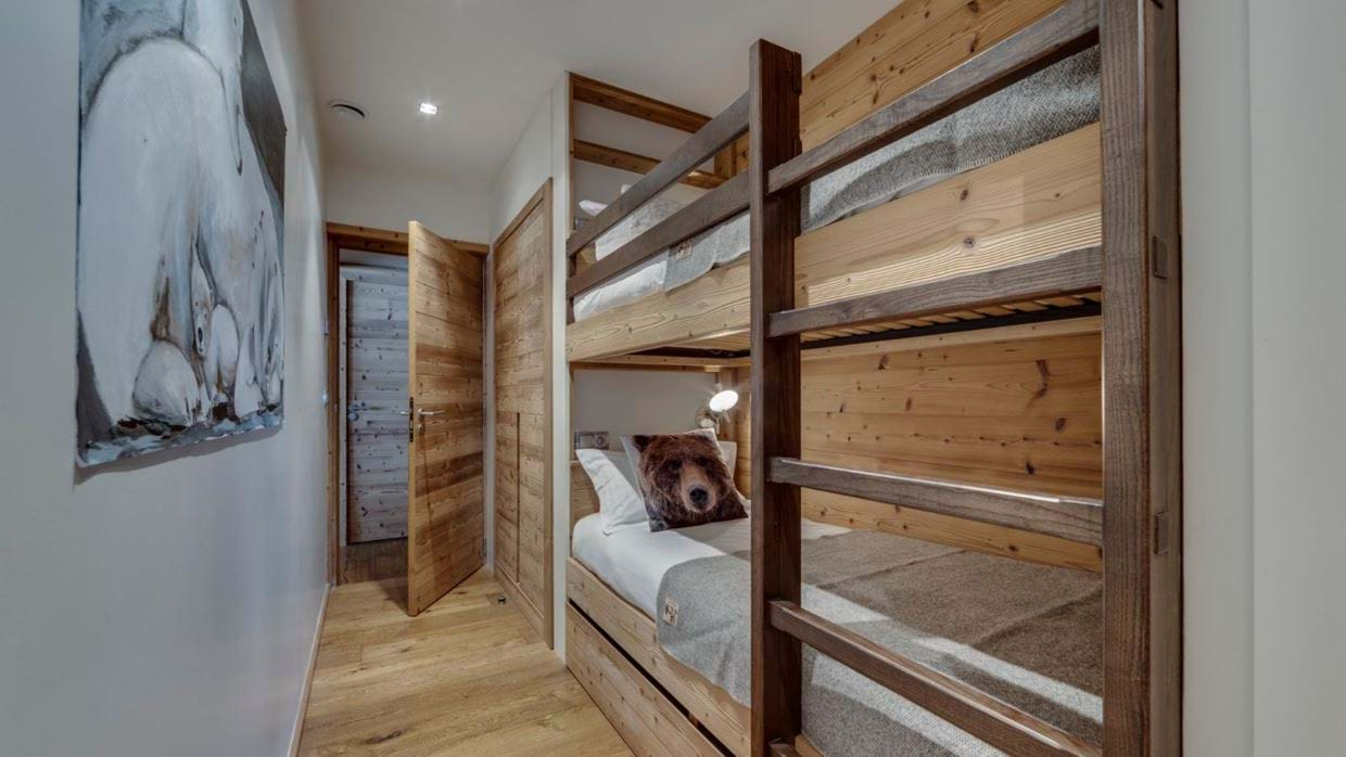luxury-ski-chalet-tignes-refugev-oxford-ski-bunk.jpg