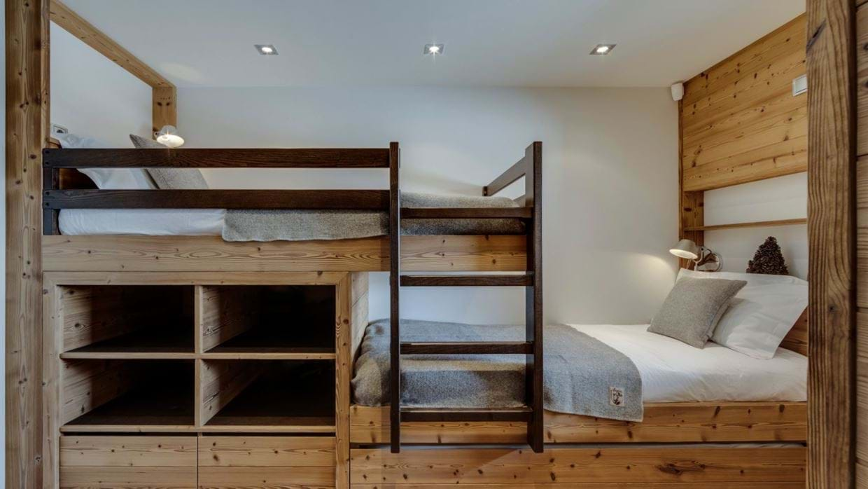 luxury-ski-chalet-tignes-refugev-oxford-ski-bunk2.jpg