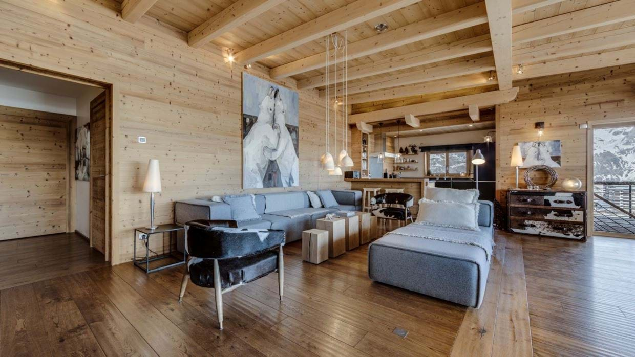 luxury-ski-chalet-tignes-refugev-oxford-ski-lounge (1).jpg