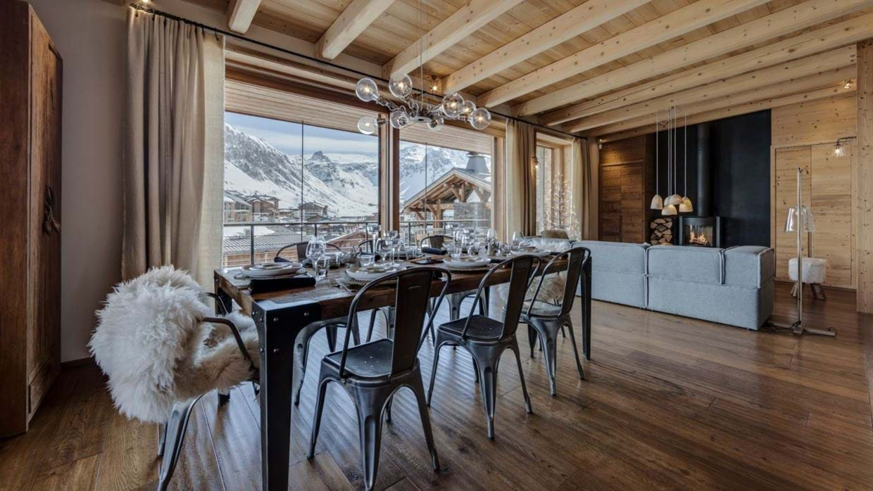 luxury-ski-chalet-tignes-refugev-oxford-ski-lounge (2).jpg