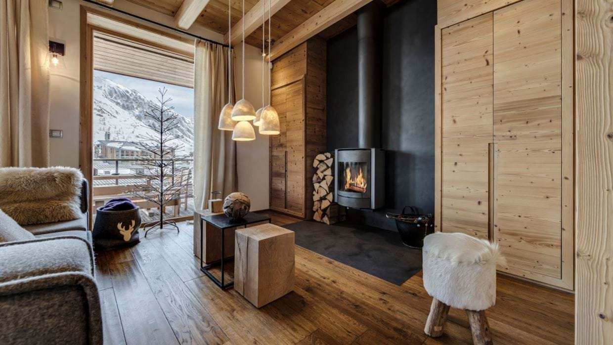 luxury-ski-chalet-tignes-refugev-oxford-ski-lounge (3).jpg